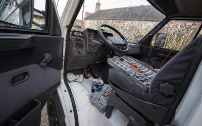 Préparation du camion pour le voyage