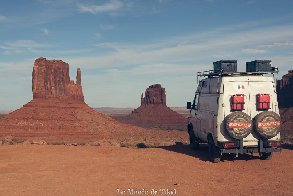 tikal camion van truck monument valley usa