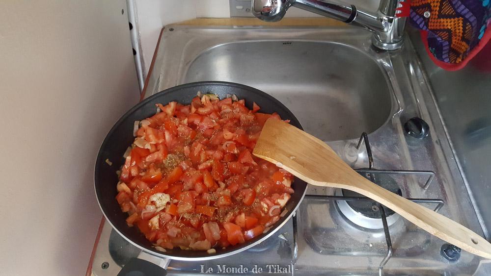 quotidien van camion cuisine tomates cooking tomato