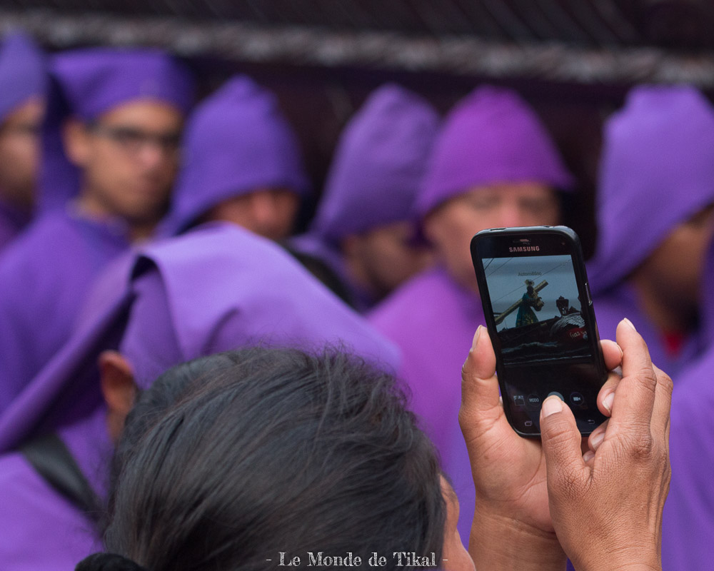 guatemala antigua semana santa semaine sainte holly week people gens
